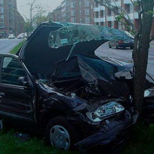 Em caso de perda total do veículo, valor pago por seguradora deve ser o da data do acidente.